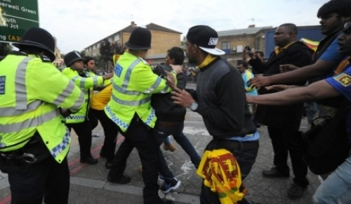Eelam Tamils were attacked by Lankan supporters at London
